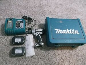 Makita DC18RA -18V Battery Charger & 2-Batteries & drill (non working) & case