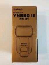 Yongnuo Digital Speedlite YN560 III Flash for Cannon Cameras New in Box