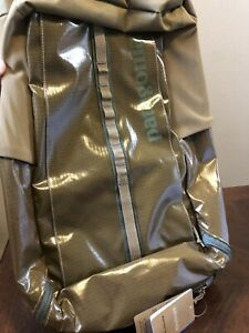 NWT Patagonia - 2020 Black Hole Backpack  Coriander Brown 25L 49297 $129