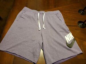 Nike Sportswear Men Shorts AR2375-534 XL $55