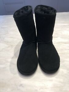 Bearpaw Ugg Boots, Black, Size 7, Suede Upper & Sheep Skin Lined, Rubber Soles
