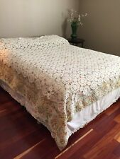 Vintage Crochet Coverlet - White - Full (?) Handmade