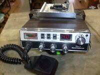 Vintage Sears RoadTalker 40 Model 663.38070700 Mobile CB Radio Transceiver NICE