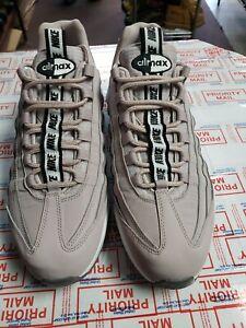 Nike Air Max 95 SE MensColorwayPARTICLEROSE/BLACK/WHITE size 10.5