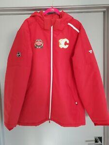 Calgary Flames 2019 Heritage Classic Team Issued Fanatics Coat NHL Size XL Rare