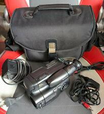 SONY Video 8 Camera Recorder (Handycam) CCD-TR202E mit viel Zubehör top erhalten