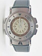 Armbanduhren mit Armband aus echtem Leder und Silber Uhr