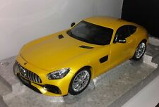 Norev 1:18 Mercedes-Benz AMG GT S coupe (C190) solarbeam yellow nieuw in Mercede