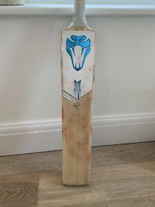 Cobra cricket bat