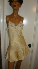 Vintage 1992 Lingerie Cacique Sexy and Sweet Short Cream Satin Nightgown Size M