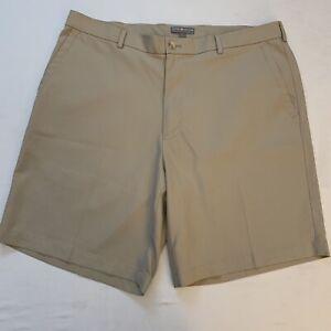 Peter Millar Mens Wicking Golf Shorts Khaki Size 36 EUC