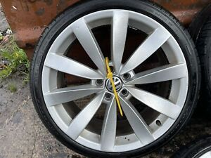 """1 X 19"""" LUGANO SINGLE ALLOY WHEEL WITH TYRE 19 INCH 1K8601022S 8jx19H2 235/35R19"""