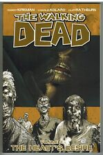 THE WALKING DEAD VOLUME 4 THE HEART'S DESIRE TPB 2012 UNREAD NM/MINT!
