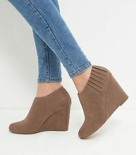 Brand New Boots New Look Light Brown Suedette Wedge Shoeboots Size 5