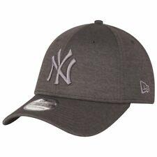 New Era 39Thirty Cap - SHADOW TECH New York Yankees graphite