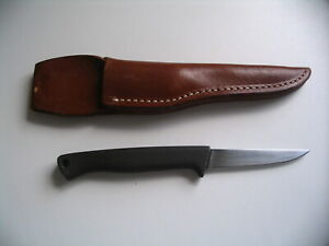 Vintage Gerber Armorhide Knife, A-325 Fish and Game, with Original Sheath