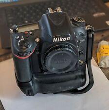 Nikon D D600 24.3MP Digital SLR Camera WITH battery grip, 30K shutter