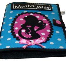 Mutterpasshülle MUKI Pass aus Filz Mutter mit Locken und Kind blau-pink