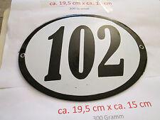Hausnummer Oval Emaille schwarze Nr. 102  weißer Hintergrund 19 cm x 15 cm