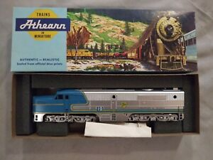 Athearn - #3323 - Delaware & Hudson - PA-1 Dummy Engine #19. HO scale. New