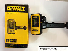 DeWalt DE0892-XE Digital Laser Detector With 50 Metre Range suits DW089 level