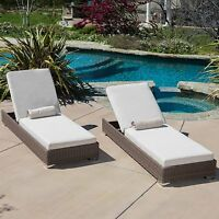 (Set of 2) Outdoor Patio Brown Wicker Sunbrella Cushion Chaise Lounge Chairs