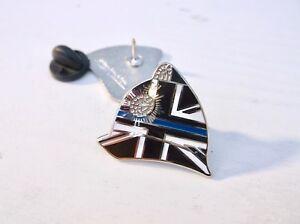 THIN BLUE LINE UK UNION JACK POLICE OFFICER HELMET MOURNING LAPEL PIN BADGE TIE