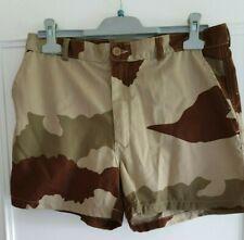 Vêtement militaire, short camouflage.  Armée Française