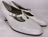Vtg Ros Hommerson Womens 7W White Leather Shoes Pumps Block Heels