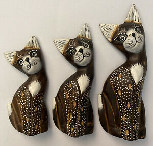 Vintage Decorative Whimsical Cat Kitten Statue Set Of 3 Wood Carved & Painted