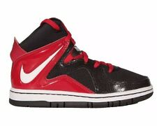NEW-Boys- BASKETBALL-SHOES-SNEAKERS-NIKE-COURT INVADER-BOYS SIZE 6