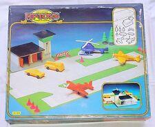 HP Toys Tomte 1/50 RAF AIRFIELD BASE + 2x SPITFIRE PLANE & Vinyl Car SET MISB`76