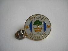 a3 WIGAN ATHLETIC FC club spilla football calcio pins badge inghilterra england