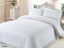 Rapport White Victoria Embroidered Daisies With Lace Trim Duvet Set S/D/K/SK
