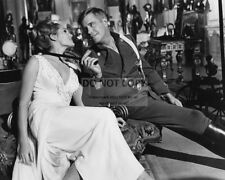 """GEORGE PEPPARD & URSULA ANDRESS IN """"THE BLUE MAX"""" - 8X10 PUBLICITY PHOTO (AZ616)"""