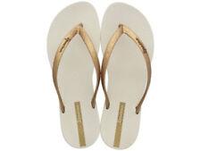 Sandali e scarpe casual beige Ipanema per il mare da donna