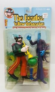 ©2000 McFarlane Toys ~ The Beatles Yellow Submarine Ringo with Apple Bonker