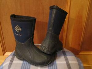 Kids MUCK Arctic Sport Insulated Rain Snow Rubber Boots BLUE/BLACK Toddler 11