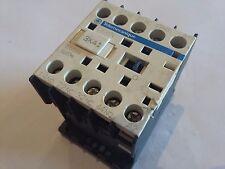 SCHEIDER TELEMECANIQUE CA2KN 22M7 RELE RELAYS COIL BOBINA  230 V AC