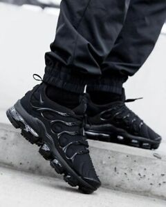 Nike Men's Air VaporMax Plus Running Shoe, 924553 004, Triple Black, 8.5-13, NIB