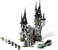 9468 LEGO Vampyre Castle w/ 7 minifigs - New - Regular Stickers