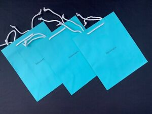 New Authentic Tiffany & Co Logo MEDIUM Shopping Paper Gift Bags Set Of 3
