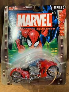 Maisto Ultimate Marvel Motorcycle, Spiderman Blue Speed Series 2, 1:64 Scale