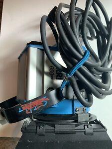 Arri 650 Plus Fresnel Tungsten Light (Used) w/ Barn Door EDISON PLUG