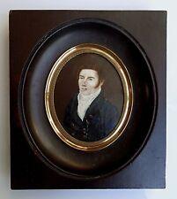 Miniature en ovale  début 19ème. époque Restauration Homme en buste