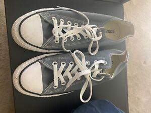 Converse Size 9.5 mens Gray