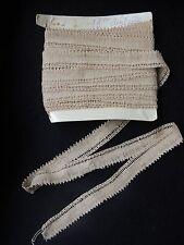 Métrage de dentelle ancienne beige, couture mercerie environ 9 m.