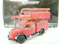Camión de automodelismo y aeromodelismo color principal rojo de metal blanco