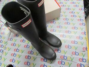 Hunter  Original Tall Matte WOMEN Rain Boot  Black, 8