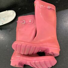 Hunter Women's Original Rain Boots: Bright Pink size 6 Woman
